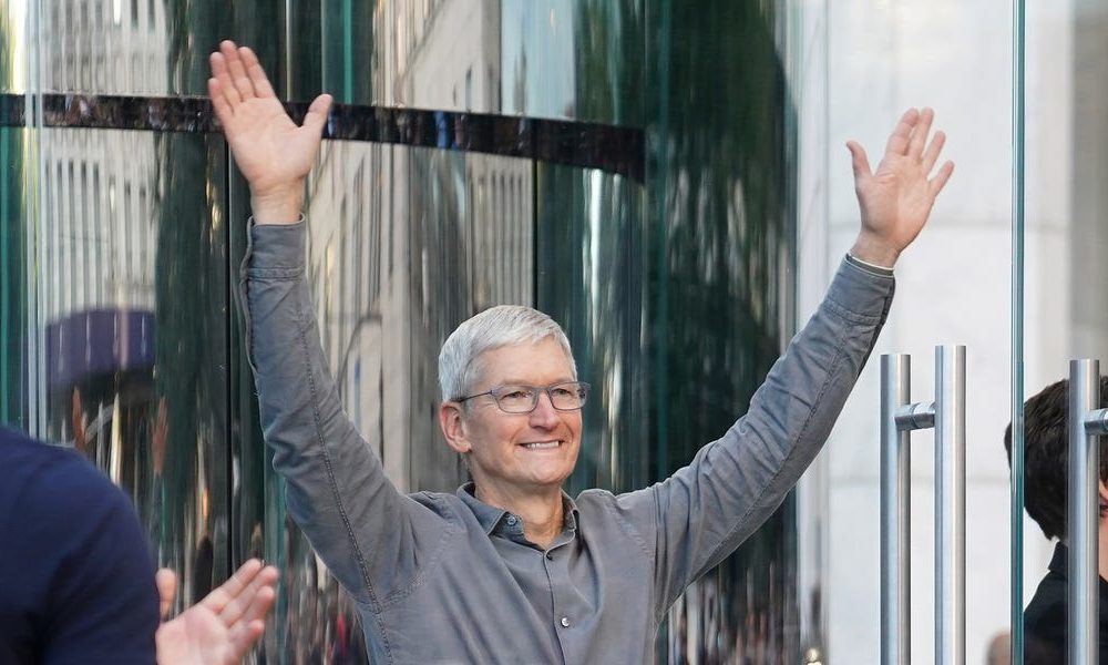 New tech  gadgets  gizmos  hi tech  Next year is shaping up to be a big moment for Apple as it's expected to reclaim supremacy of the smartphone market– here's what to anticipate in 2020 (AAPL)