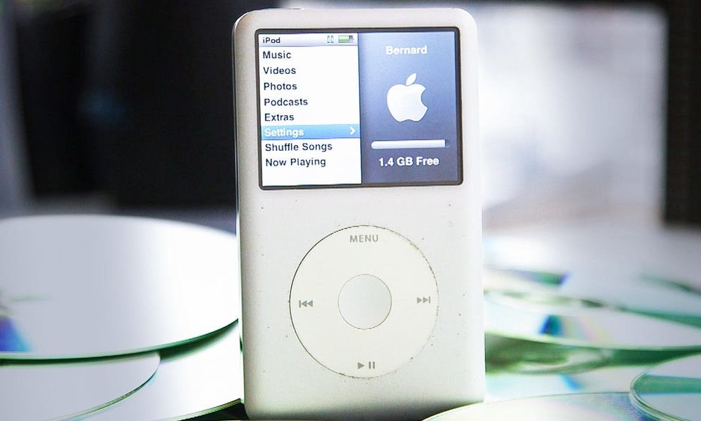 New tech  gadgets  gizmos  hi tech  The fluctuate of the iPod