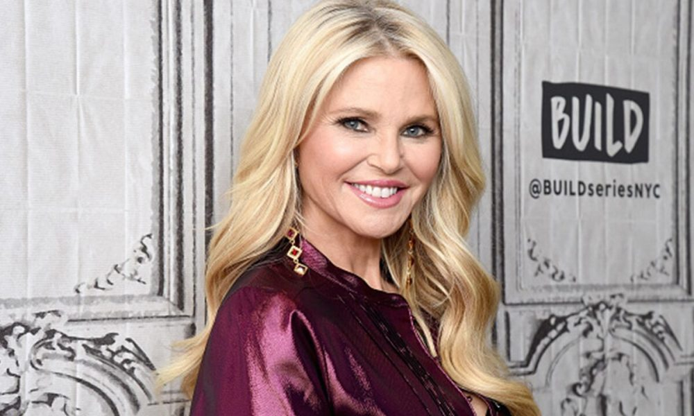 Gardening Christie Brinkley, 66, stuns in one-piece swimsuit: 'Sunday Sunset Swim'